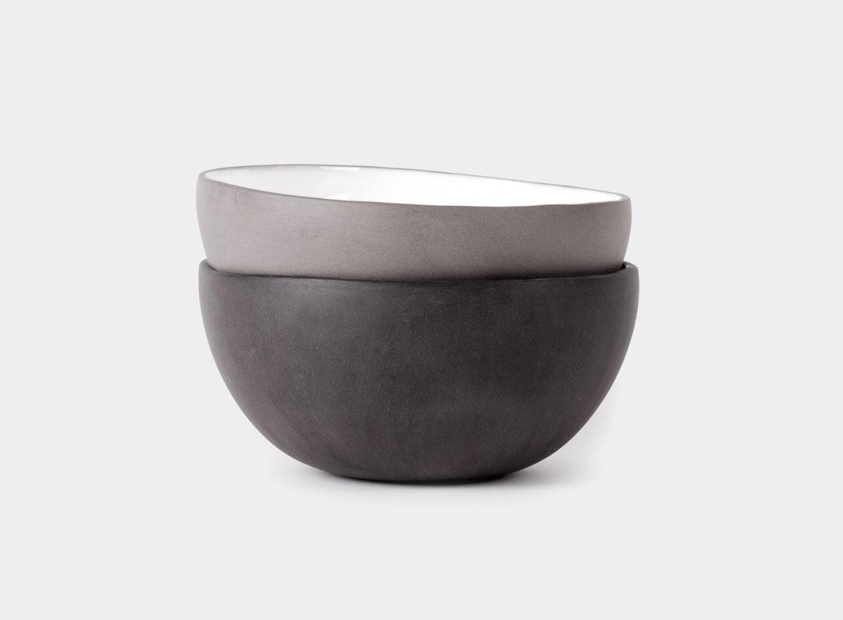 Small_bowl_black_1d